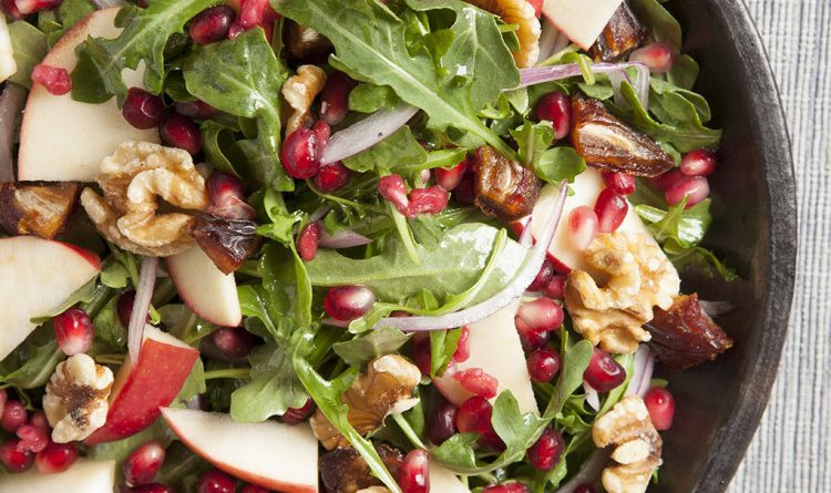 POMEGRANATE, APPLE, AND DATE SALAD RECIPE
